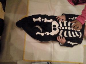Halloween www.elhombredelosdosoombligos.com