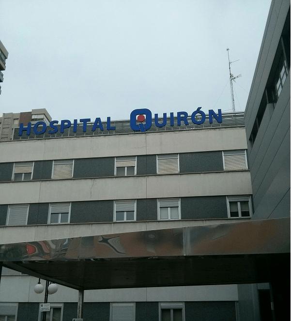 hospital www.elhombredelosdosombligos.com