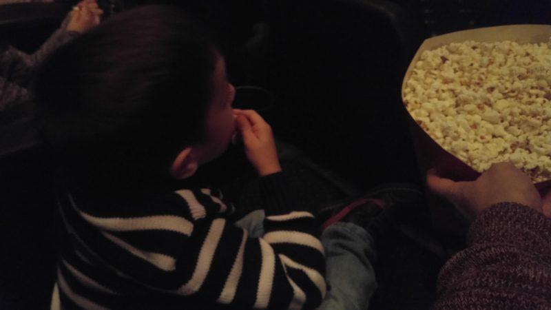 Miércoles Mudo #151: Comiendo palomitas en el cine